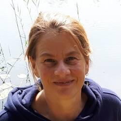 BDY | Bettina Flint | Yogalehrer/In